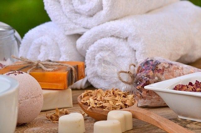 You are currently viewing Comment faire un hammam à la maison : l'art du bain
