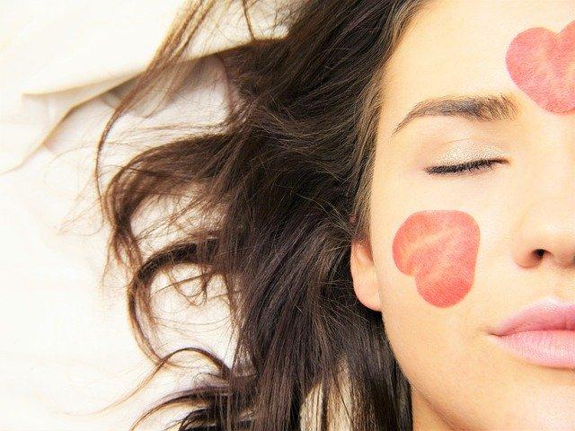 Comment mettre en place un rituel de soin beauté : les étapes clés à suivre